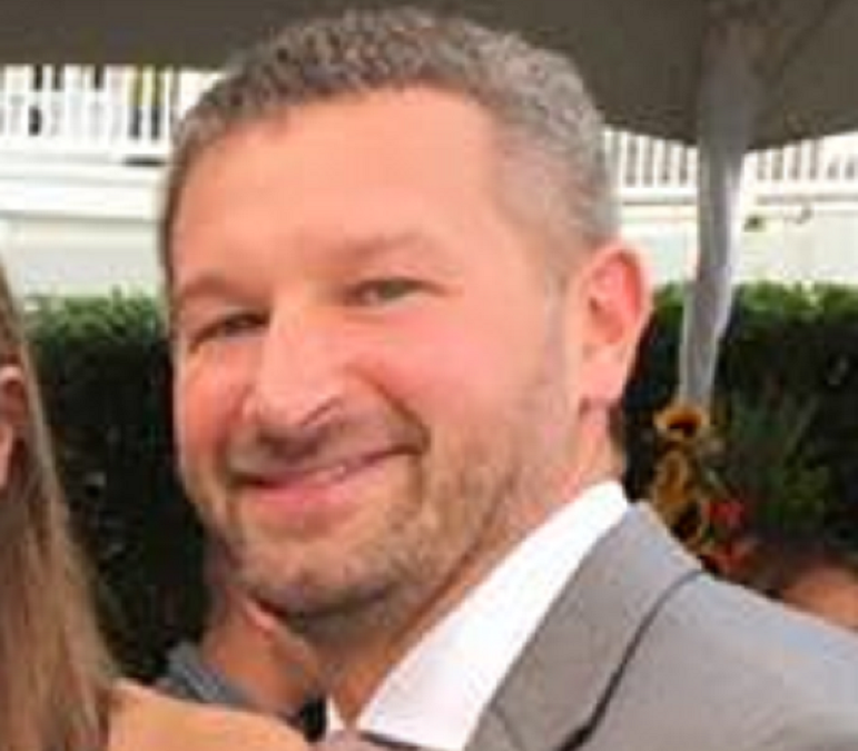 Jonathan Petro